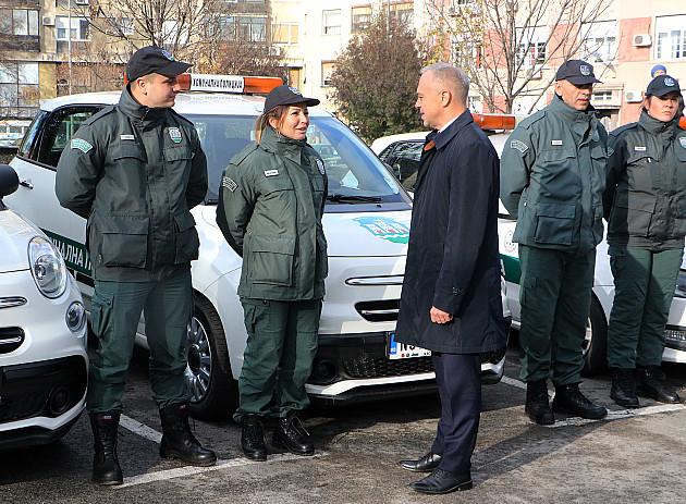 Komunalna policija dobila tri vozila od Grada za osmi rođendan