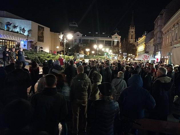 Održan još jedan protest protiv režima u Novom Sadu