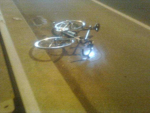 Udario biciklistu i pobegao