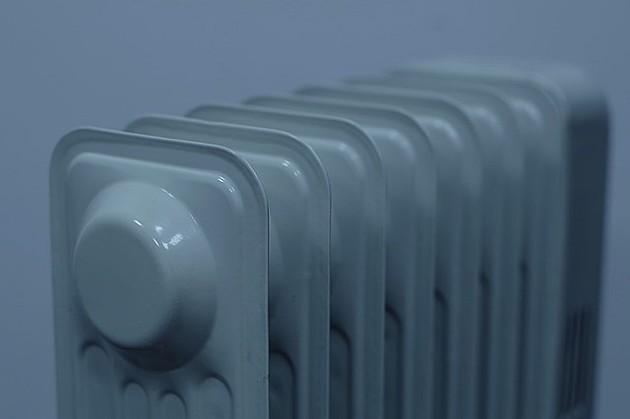 Ponovo pojeftinjuju grejanje i topla voda