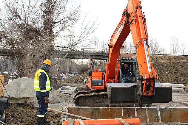 Sistem stabilan, restrikcije vode na snazi u prigradskim naseljima