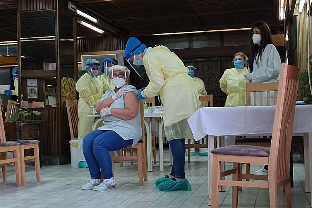 Prvih 100 Novosađana vakcinisano protiv korone