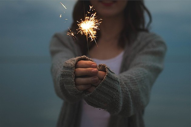 Većina građana slaviće Novu godinu kod kuće, Novi Sad najpoželjniji za doček